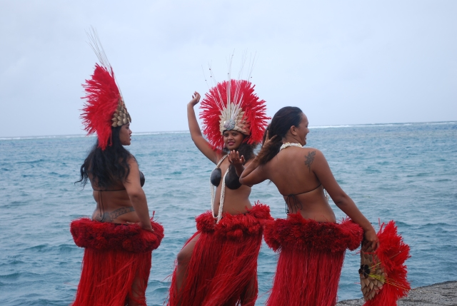 Greeting at the dock in Moorea, French Polynesia