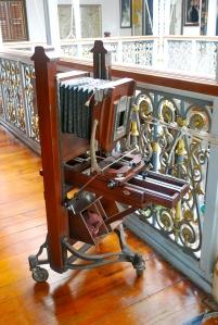Old camera in the Pinang Peranakan Mansion Georgetown, Penang, Malaysia ©Jean Janssen