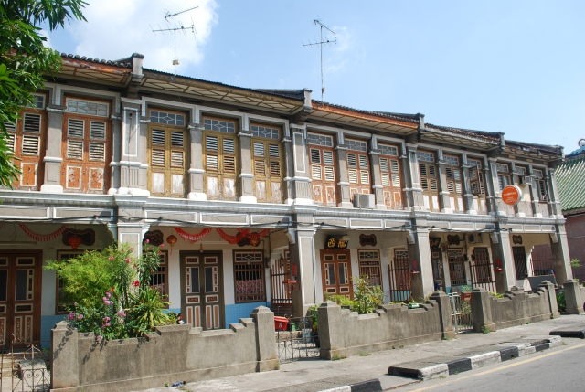 Homes in Penang along the Street of Harmony. ©Jean Janssen