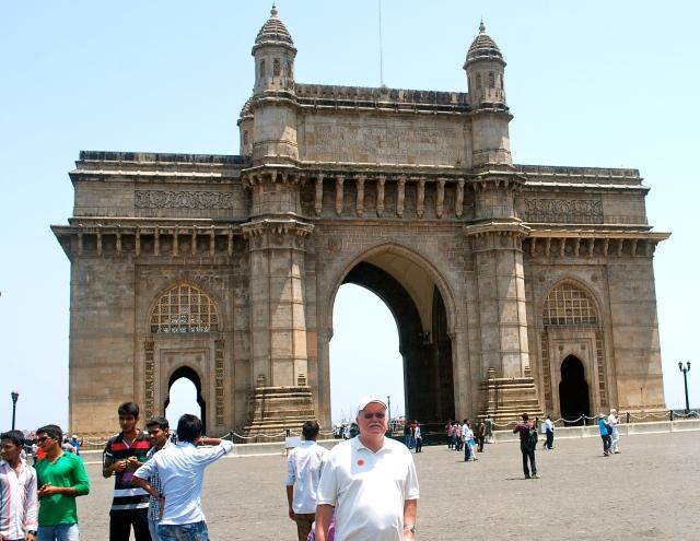 Boris at the Gateway of India, Mumbai. ©Jean Janssen