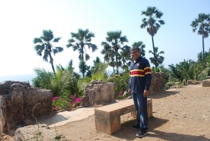 Our guide Fabian at his favorite bench at Fort Bandra. ©Jean Janssen