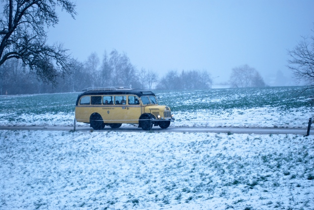 The bus that takes visitors from Streyl and Christkindl.  Yes, we got snow today. ©Jean Janssen
