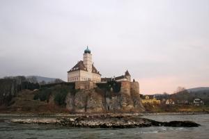 Along the Danube in the Wachau Valley ©Jean Janssen