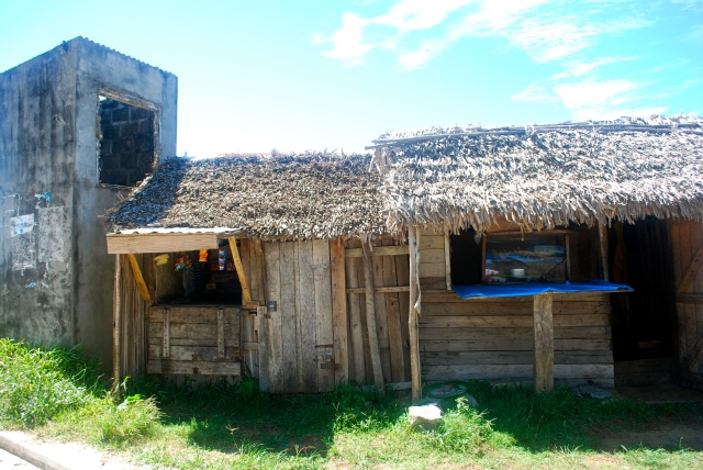 typical home in Madagascar; often their is a little shop attached like with this one. ©Jean Janssen