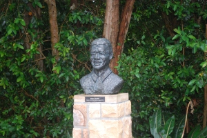 Tribute statute to Nelson Mandela in Kirstenbosch Gardens, Cape Town, South Africa. ©Jean Janssen