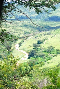 View of a river in the Hluhluwe-Umfolozi Game Reserve, South Africa ©Jean Janssen