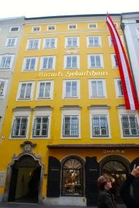 Mozart's birthplace.  Salzburg, Austria ©Jean Janssen