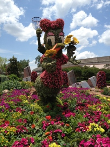Daisy with her butterfly net may have been my favorite topiary at the Flower Festival at EPCOT, WDW. ©Jean Janssen