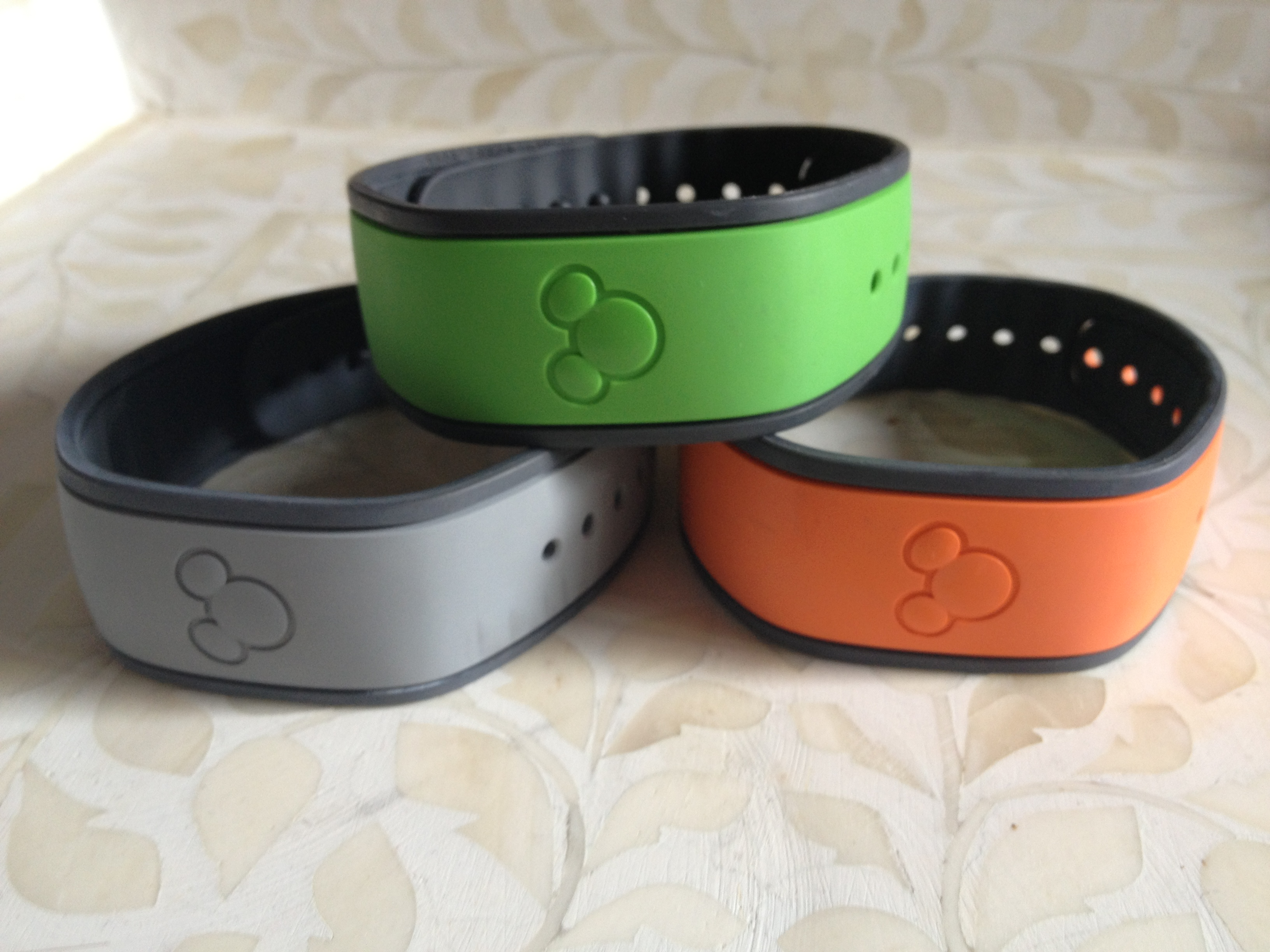 Those Magic Bands and Fast Pass + at Walt Disney World | travelbynatasha