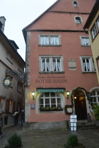 The Red Rooster Inn and Restaurant where we had our lunch.  Note the plague signifying that this was the former home of Mayor Nusch of Meistertrunk fame.  Rothenburg, Germany ©Jean Janssen