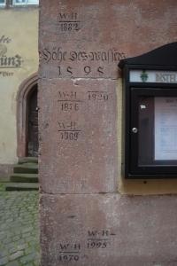 Water level markings as early as 1595) on the buildings in Wertheim, Germany ©Jean Janssen