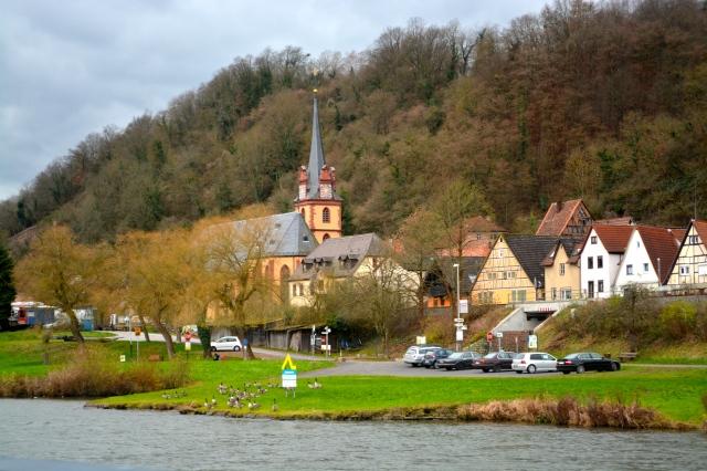 Along the Main River, Germany ©Jean Janssen