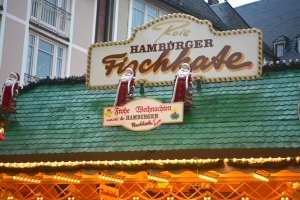 American Fare in the Frankfurt Christmas Market.  Hamburger anyone? ©Jean Janssen
