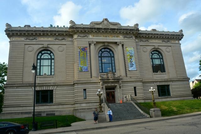 Downtown Library in GR. ©Jean Janssen