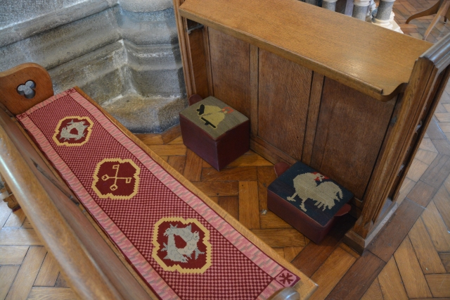 Bench and footstools, 177, St. Peter's Port Church, Guernsey ©Jean Janssen