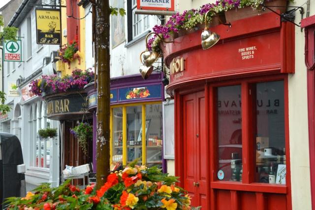 Bowed Storefronts in Kinsale, County Cork, Ireland  ©Jean Janssen