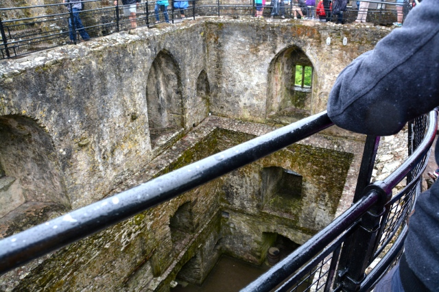 Part of the interior of Blarney Castle as seen from the kissing line ©Jean Janssen