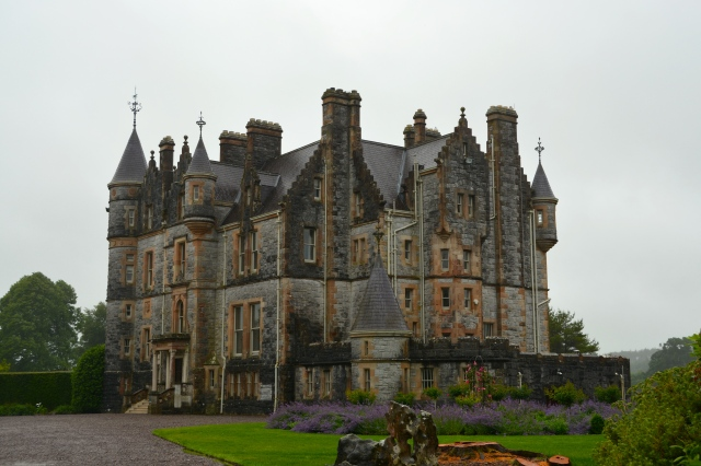 Blarney House also sits on the grounds; it is open for visitors 10-2 on weekdays ©Jean Janssen
