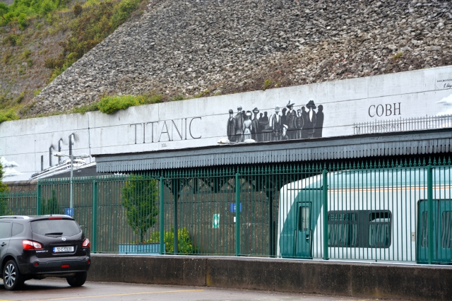 Memorial plaque to the Titanic Passengers on the Cobh passenger dock ©Jean Janssen