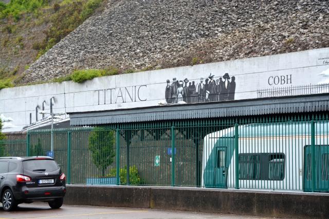 Memorial plaque to the Titanic Passengers on the Cobh passenger dock ©Jean Janssen