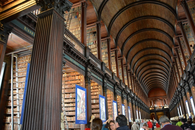 The Long Room, The Old Library, Trinity College campus, Dublin, Ireland ©Jean Janssen