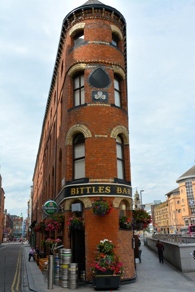 My favorite corner in Belfast (near Victoria Square).  Great place for a bar. ©Jean Janssen