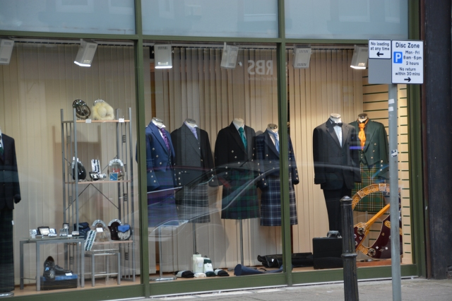What the well dressed Scot is wearing these days, Greenock, Scotland ©Jean Janssen