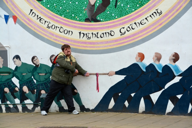 Rocky got into the spirit of one of the town murals in Invergordon, Scotland ©Jean Janssen