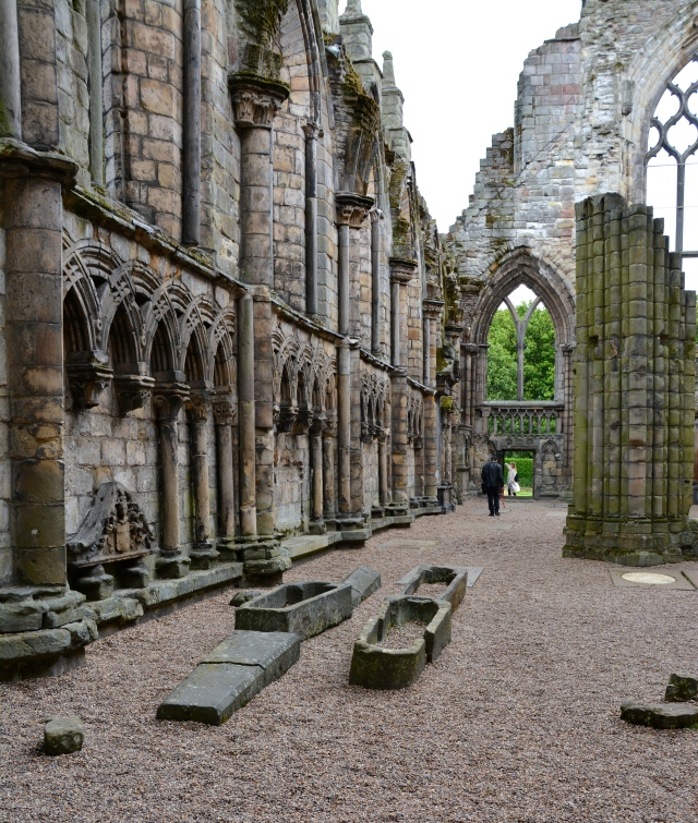 Abbey ruins at Holyroodhouse, Edinburgh, Scotland ©Jean Janssen