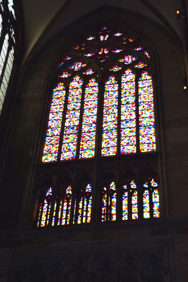 One of the large, and somewhat controversial, stain glass replacements in Cologne Cathedral reflecting the time of its replacement.  Definitely a 60s-70s vibe. ©Jean Janssen