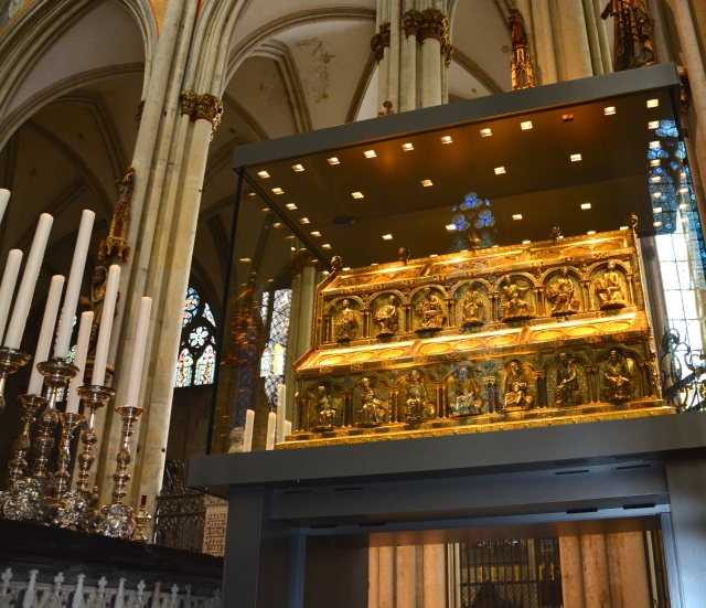 Reliquary of the Three Kings or Magi, Cologne Cathedral, Germany. ©Jean Janssen