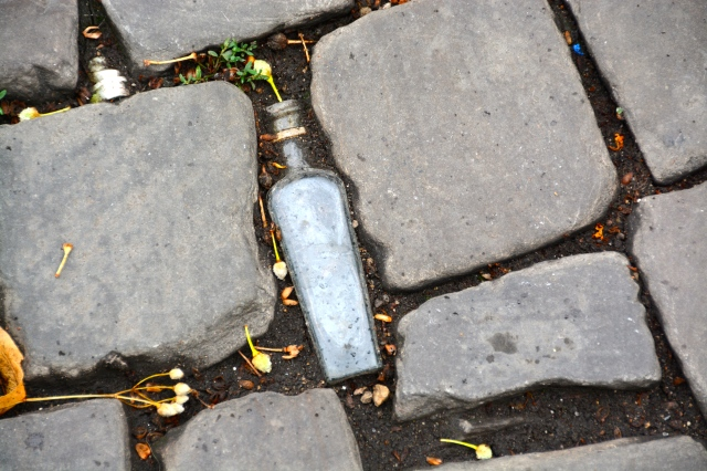 Interesting things to be found among the cobblestones in Cologne, Germany ©Jean Janssen