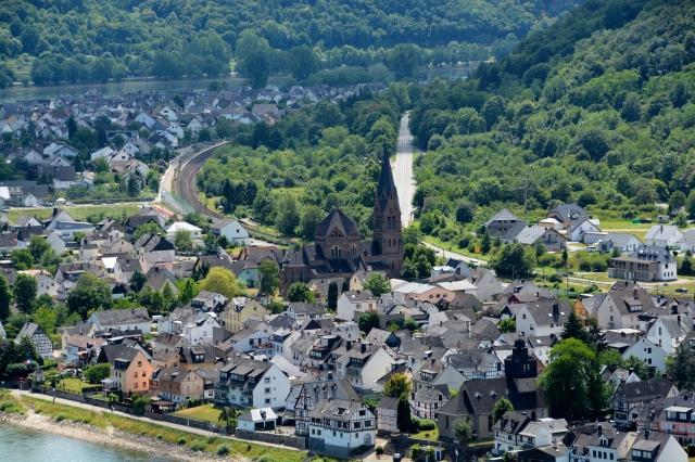View from Marksburg Castle, Germany ©Jean Janssen