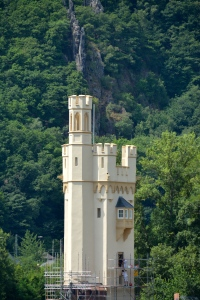 Maus Tower on the Rhine, Germany ©Jean Janssen