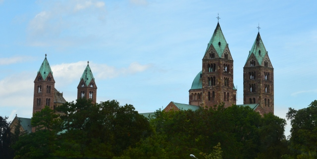 View at we arrived at the city of the spires of the Romanesque Cathedral at Speyer, Germany. ©Jean Janssen